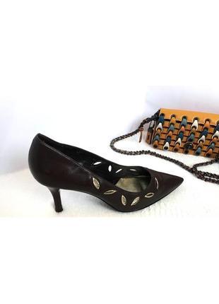 Кожаные туфли лодочки на шпильке, перфорация , marks&spenser