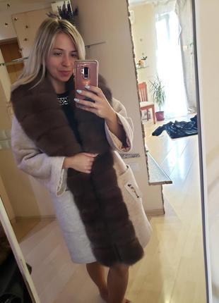 Зимние тёплые пальто с мехом финского песца