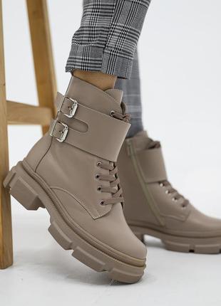 Женские зимние кожаные ботинки на тракторной подошве, платформе