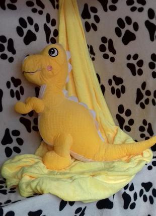 Плед с подушкой в виде дракоши
