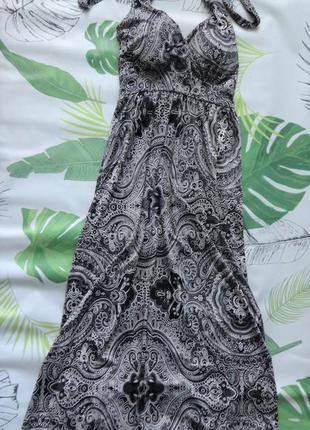 Платье в пол с узором