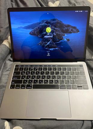 MacBook 2017 I7 3.5 ghz 16 gb ram 1 tb + touch bar
