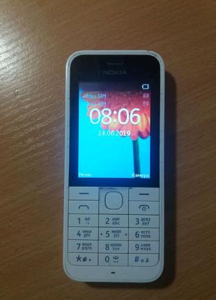 Nokia 220 та Nokia 216