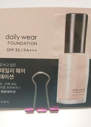 Тональная основа с эффектом 'второй кожи' missha daily wear fo...