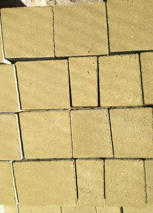 Тротуарна плитка (бруківка)