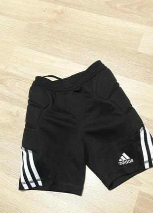 Спортивные шорты с защитой adidas