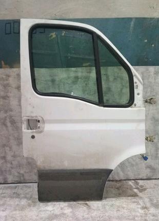 Дверь левая на Ивеко Е3 00-06
