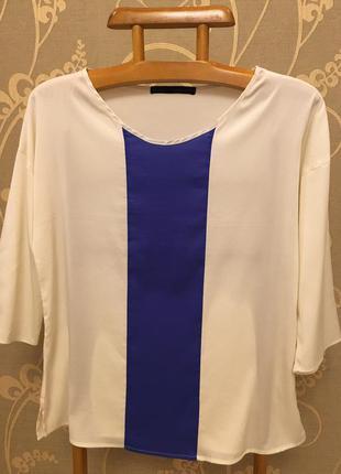 Очень красивая и стильная брендовая двухцветная блузка.