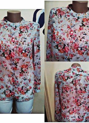Очень красивая и стильная брендовая рубашка в цветах..100% коттон