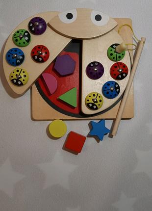 Деревянная игрушка-сортер рыбалка