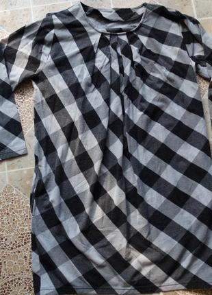 Платье-туника в клетку.