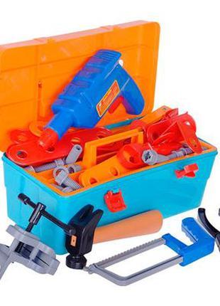 Набор инструментов в ящику