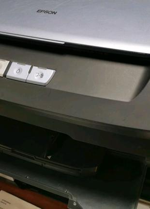 Принтер Epson Stylus Photo R270 с  СНПЧ и заправленными черни