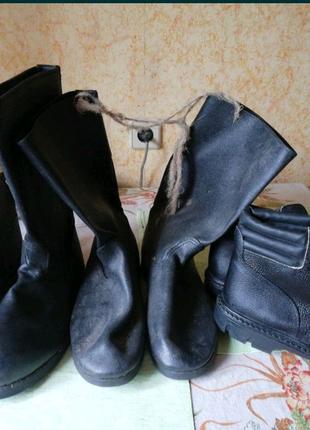 Кирзовые сапоги и ботинки