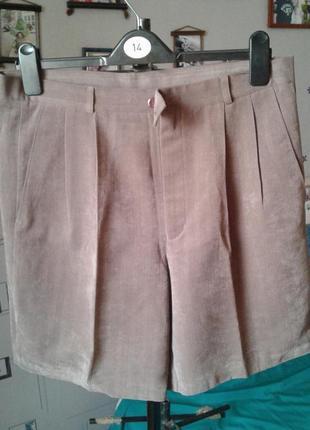 Классические шорты с высокой посадкой р 50-модно стильно и кра...