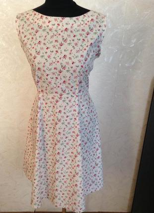Платье летнее в цветочек р.38