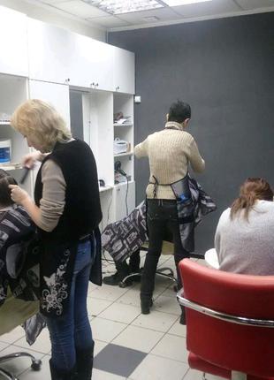 Ищем парикмахера и мастеров маникюра в салон