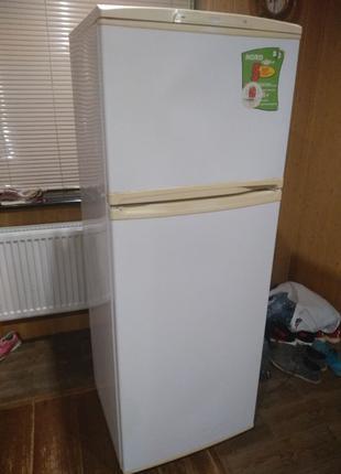 Холодильник nord в хорошем состоянии