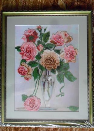 "Картина вышита бисером ""Розы"""