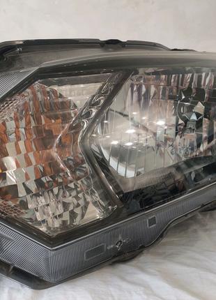 Фара левая Honda HR-V 2015