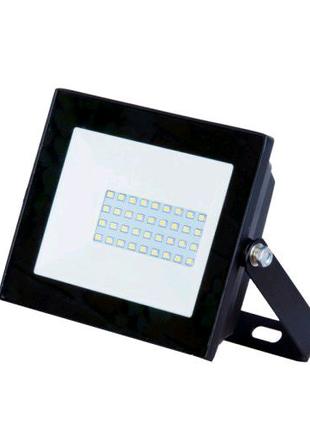 Светодиодный прожектор 30 W