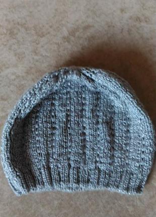 Вязаная ажурная женская шапка весна, осень серебристо-серого ц...