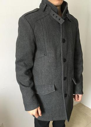 Пальто, шерсть, на осень/весну, серое, прямого кроя.