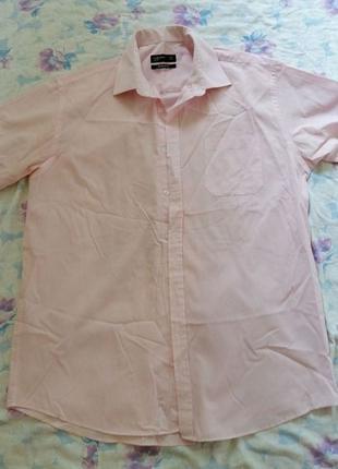 Рубашка мужская с коротким рукавом светло-розовая. Размер М