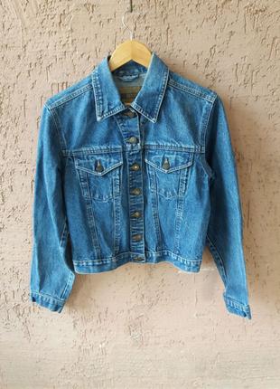 Куртка джинсовая Denim женская .