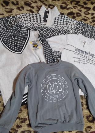 Стильні светри для хлопчика 10-12 р.