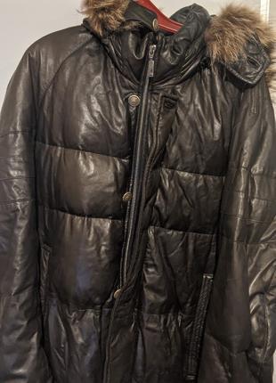 Куртка. Мужской кожаный пуховик с капюшоном