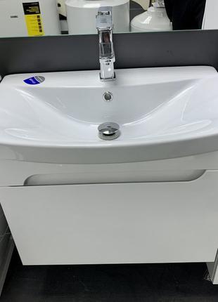 Тумба для ванной с умывальником подвесная