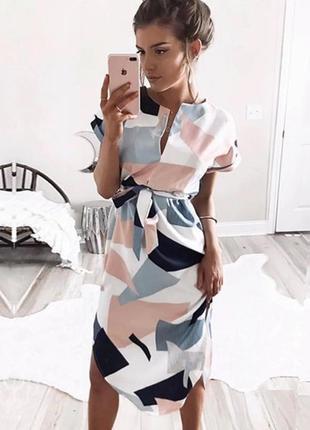 Платье в геометрический принт миди размер m/l