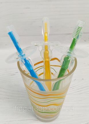 Детская силиконовая зубная щётка с ограничителем
