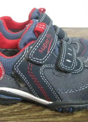 Демисезонные ботинки superfit gore tex р.22
