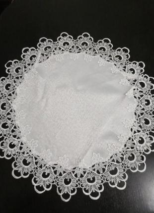 Салфетка с кружевом. кружевная круглая салфетка на стол. 50см