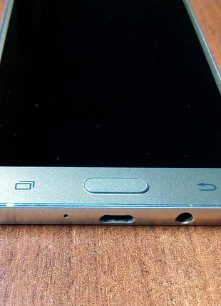 Рамка дисплейного модуля Samsung J510H