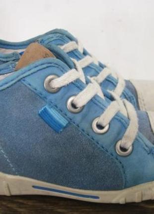 Кожаные ботинки ecco р.23