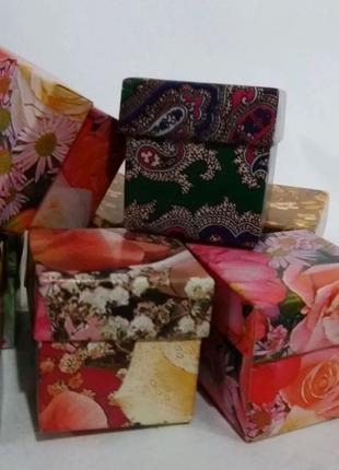 Коробка подарочная, картонная *Цветная* 4/4/4  см. N -100