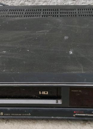 Відеомагнітофон VHS Orion неробочий