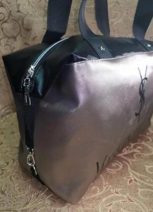 Стильная спортивная женская сумка