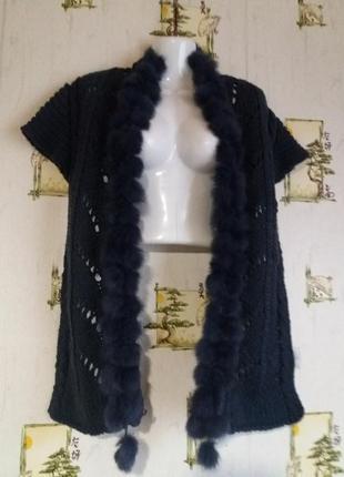 Шерстяной шарф- накидка с натуральным мехом