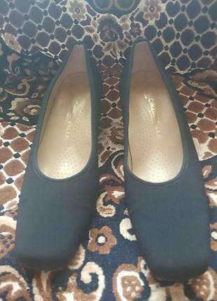Шкіряні фірмені італійські туфлі
