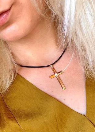 Крестик из медицинского золота