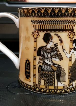 """Коллекционная чашка из лиможского фарфора """"FM Fathi Mahmoud"""""""