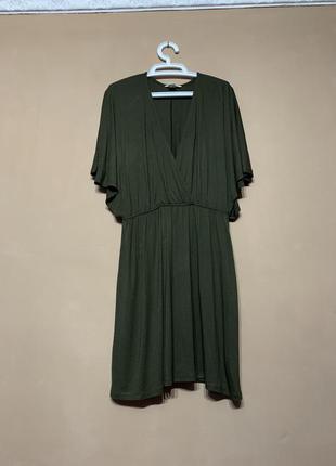 Стильное платье летучая мышь цвета хаки вискоза