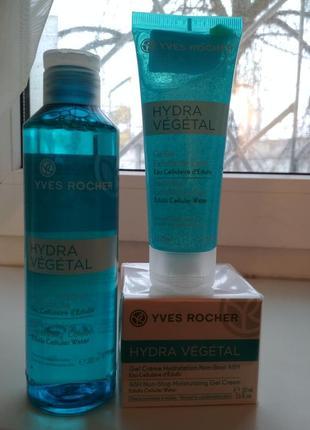 Ив роше набор для увлажнения кожи hydra vegetal  крем,пилинг, ...