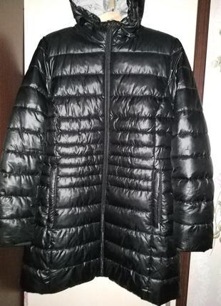 Sela удлиненная черная курточка-пуховик на синтепоне р.l
