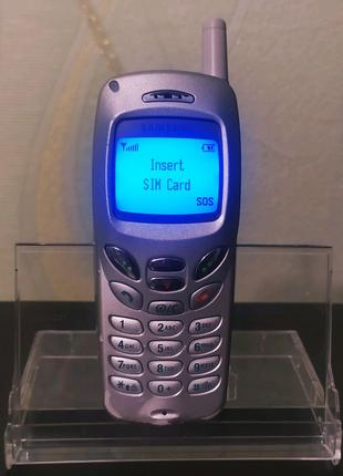 Мобильный телефон Samsung R210
