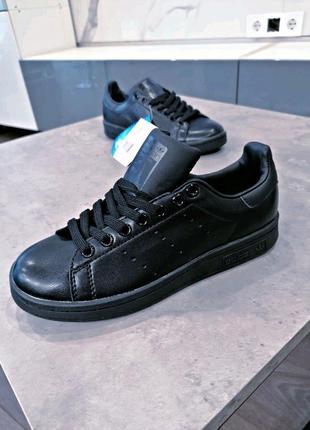 Черные кроссовки унисекс adidas stan smith